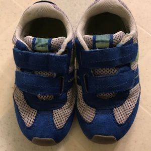 Pediped sneakers size 27